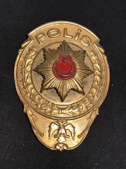 POLİS MÜDÜR ROZETİ  ÖN GÖGUSE VEYA CUZDAN İÇİ DERİSİNE TUTURULAN ORJİNAL ŞÜPHELİYE GÖSTERİLEN