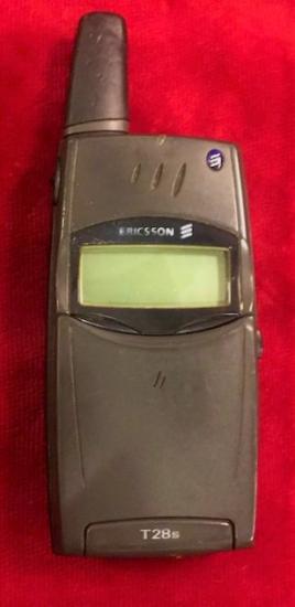 ERİCSSON T28 KAPAKLI CEP TELEFONU