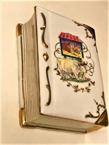 LİMOGES KAPAKLI PORSELEN MUCEVHER KUTUSU FIRANSIZ 1960 LI YILLAR KİTAP FORMUNDA