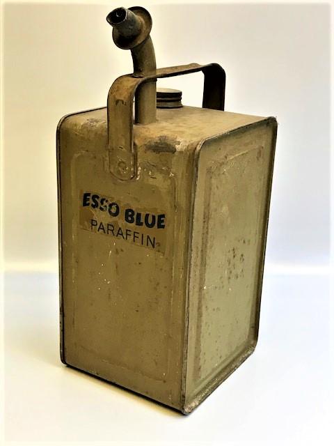 1950 ESSO BLUE PARAFFİN OİL GALON METAL KAPAKLI TAŞIMA KULPLU 1 GALON KAPASİTELİ BİDON