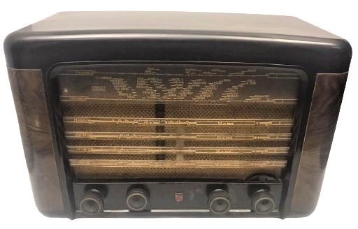 1949  YILLARIN BX490A10 PHILIPS RADYO LAMBALI BAKALİT COK TEMİZ RADIO CALIŞTIGINDA MÜTHİŞ GÖRSELE SAHİPDİR