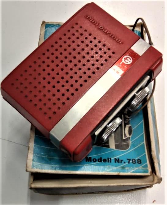 MİNİ PARTNER ELCTRA EXCLUSIV TRANSİSTOR RADIO MODEL NR 788 PİLLİ TEK DALDA CEP RADYO
